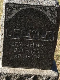 Benjamin R Brewer