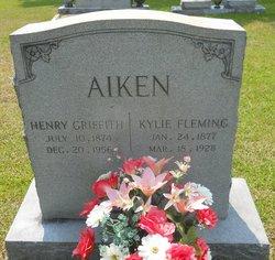 Kylie L <i>Fleming</i> Aiken