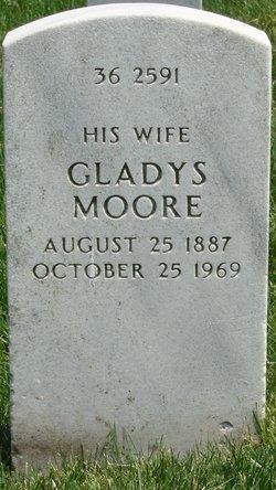 Gladys <i>Moore</i> Callender