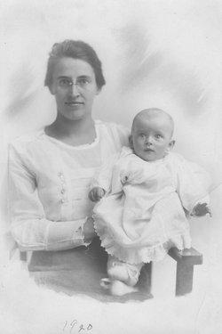 Helen Blanche <i>Hodsdon</i> Fiske