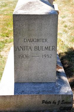 Anita Bulmer