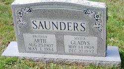Gladys Vonnie Saunders
