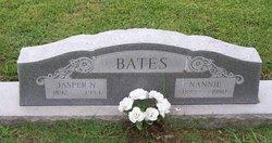 Mrs Nannie <i>Smith</i> Bates