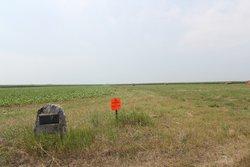Lone Grave near Streeter