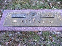 Kennis Bryant