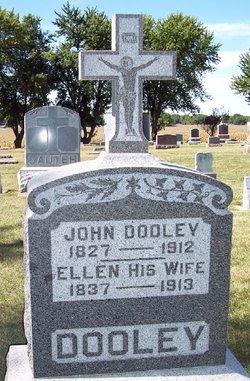 John W Dooley