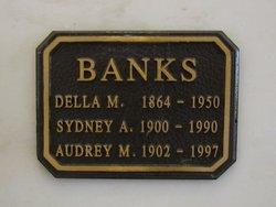 Della <i>Murray</i> Banks