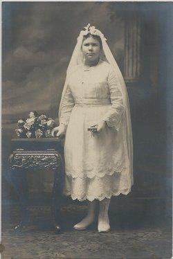 Agnes Regina <i>Petrie</i> Schreiner