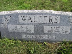 Mary Catherine <i>Kelly</i> Walters