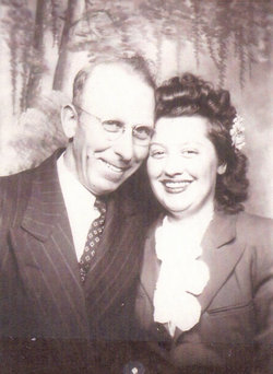 Elsie L <i>Dieckman</i> Hallberg