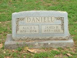 Alice S Daniell