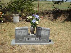 Ollie Belle Bradley