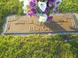 Thalia <i>Few</i> Black