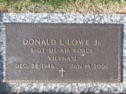 Donald Leon Lowe, Jr
