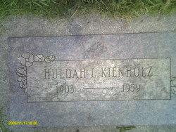 Huldah L Kienholz