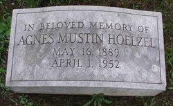 Agnes Mahon <i>Mustin</i> Hoelzel