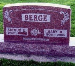 Mary Marie <i>Mitchell</i> Berge