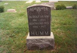 Rudolph G Humm