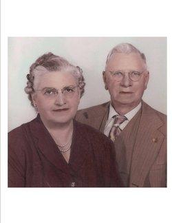 Pearl Iva <i>Martin</i> Hensel