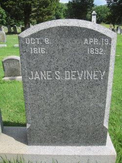Jane S Deviney