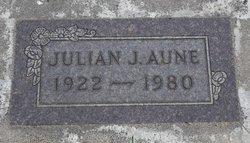 Julian J Aune