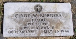Clyde W Borders