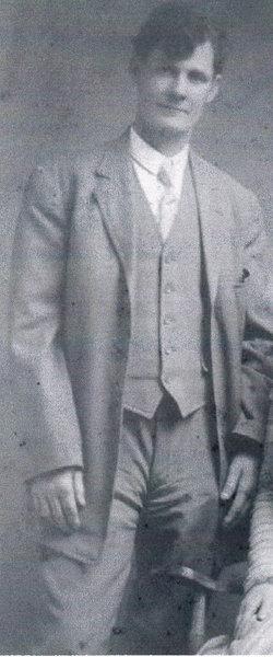 Milton Rhodes