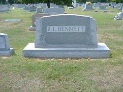 Davie <i>Orr</i> Bennett
