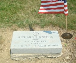 Richard E Knotts