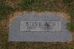 Steve Ach