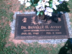 Dr Beverly H. Avery