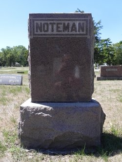 Vera R. <i>Baxter</i> Noteman