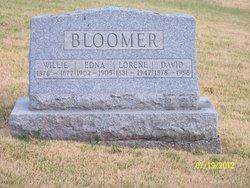 Willie Bloomer