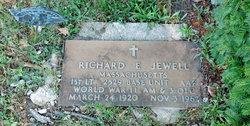Lieut Richard E. Jewell