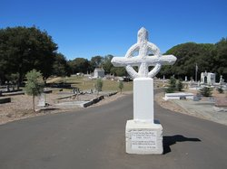 Old Holy Cross Cemetery