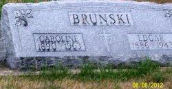 Caroline <i>Dolinar</i> Brunski