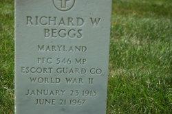 Richard W Beggs, Sr