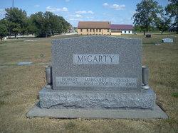 Margaret V Maggie <i>Smith</i> McCarty