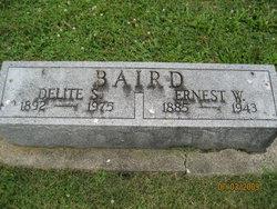 Delite <i>Stauffer</i> Baird