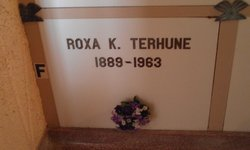 Roxa K Terhune