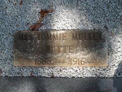 Mrs Tommie <i>Mulkey</i> Butte
