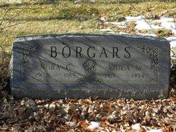Viola M Borgars