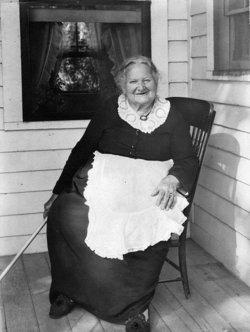 Margaret Maggie <i>Atkinson</i> Mahon