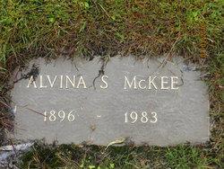 Alvina E Vina <i>Smith</i> McKee