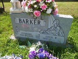 Lynette <i>Bolling</i> Barker