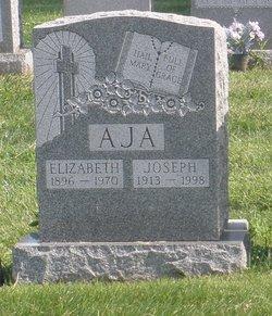 Elizabeth Aja
