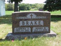 Lidwina J. <i>Hinnenkamp</i> Brake