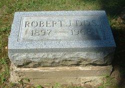 Dr Robert J. Bennett