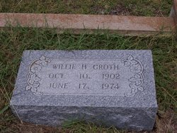 Willie H Groth