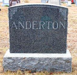Robert D Anderton